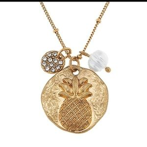 Pineapple pendant crystal disk and pearl necklace